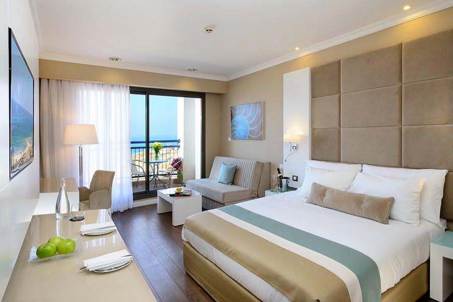 חדר אקסקיוטיב במלון