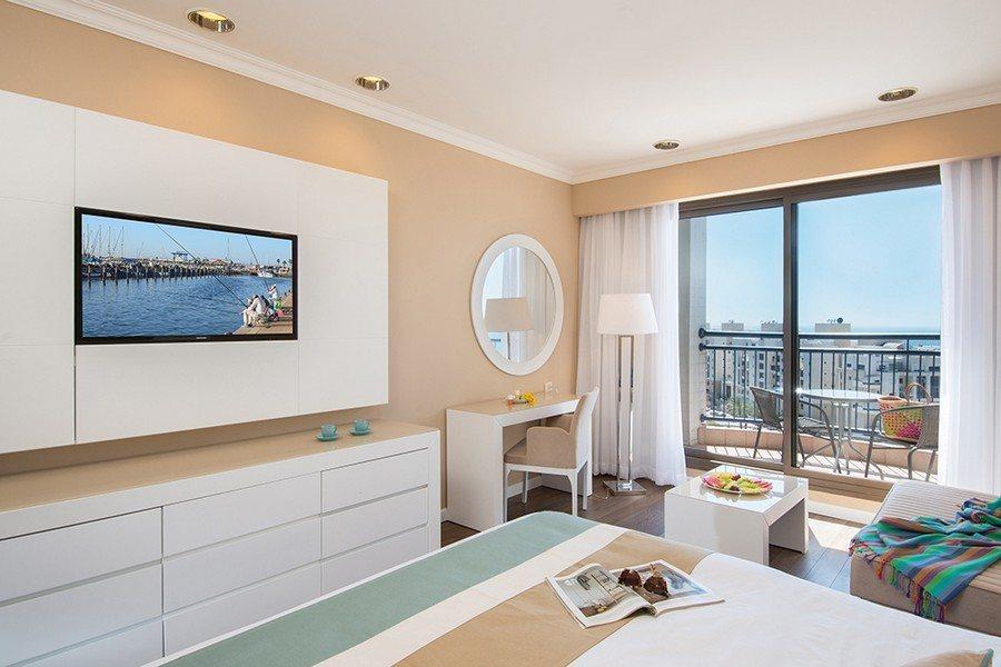 חדר סופריור במלון לאונרדו אשקלון