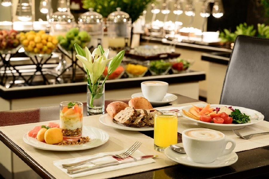 ארוחת בוקר במסעדת המלון