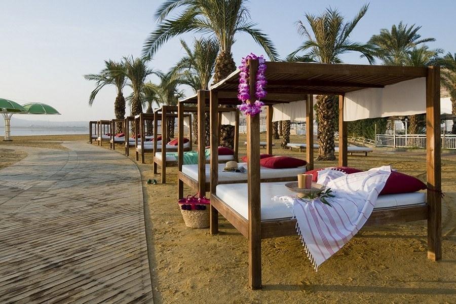 חוף המלון לאונרדו קלאב ים המלח הכל כלול