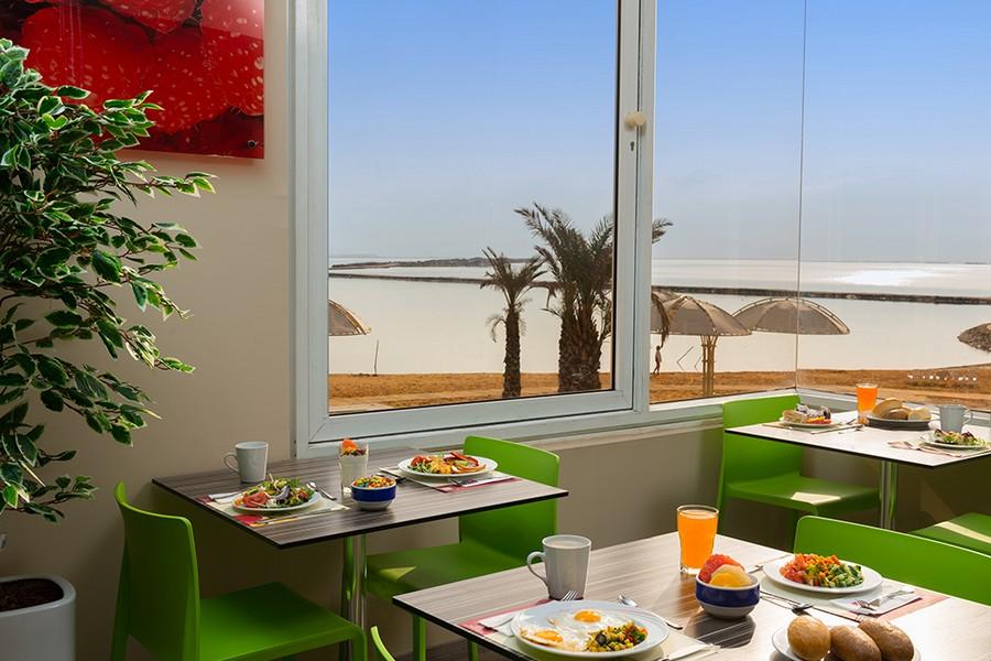 המסעדה במלון לאונרדו קלאב ים המלח
