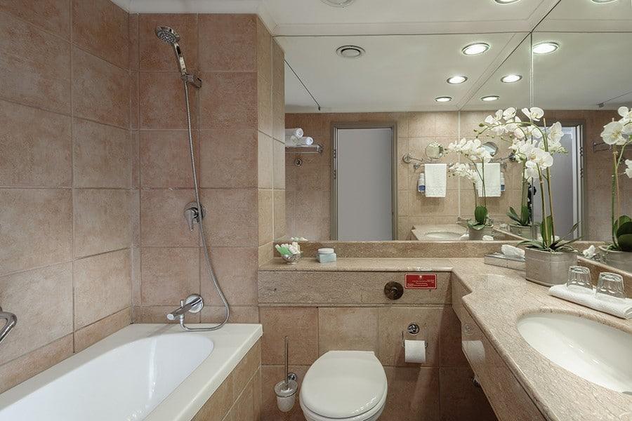 חדר אמבטיה לאונרדו נגב באר שבע