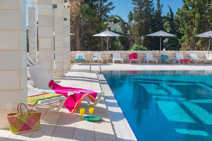 בריכת מלון לאונרדו פלאזה ירושלים