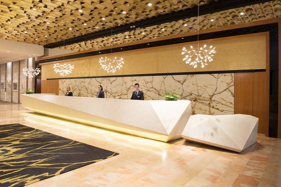 מתחם הקבלה במלון