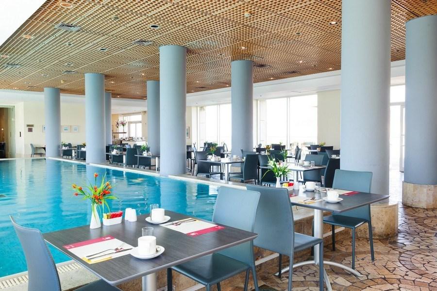 מסעדת המלון בלאונרדו סוויט בת ים