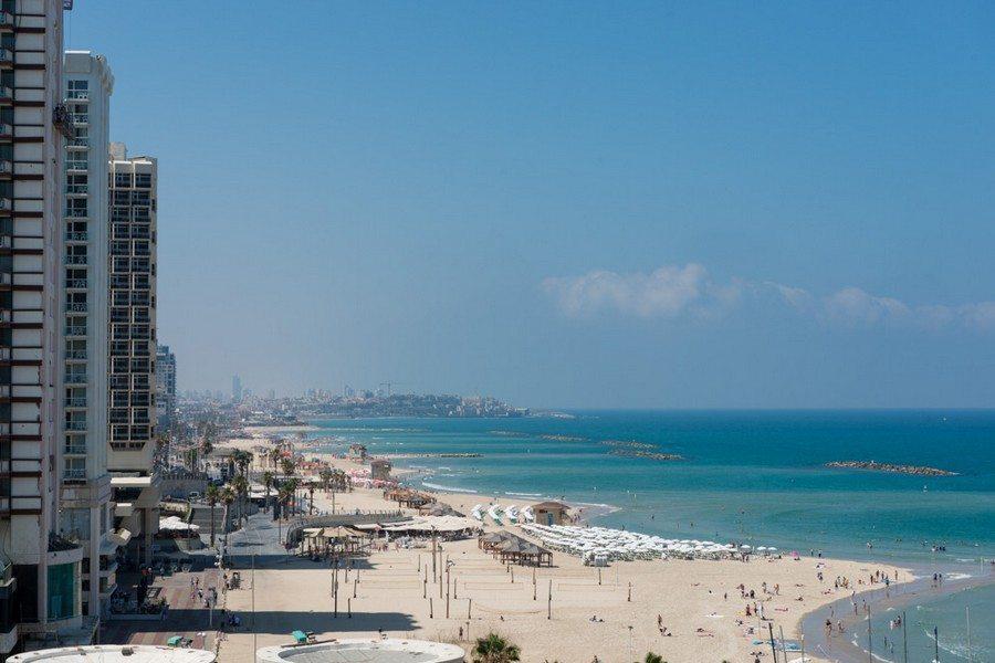 הנוף ממלון לאונרדו ארט תל אביב